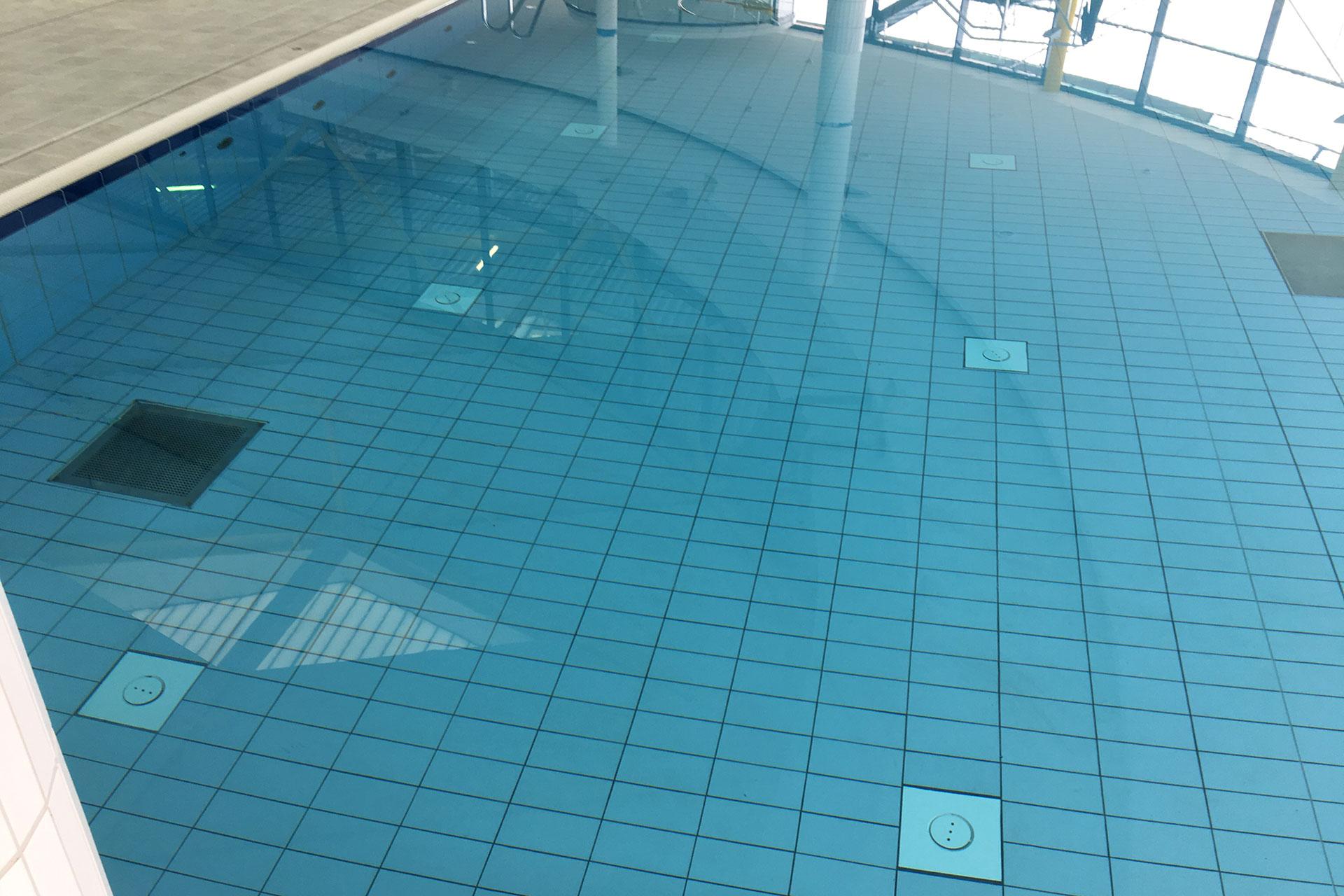 Schwimmbad Lentpark – Fliesen Dreikorn GmbH